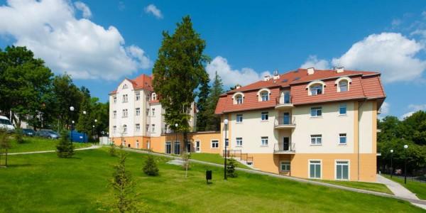 Hotel Zdrojowy SANUS - Świeradów Zdrój noclegi